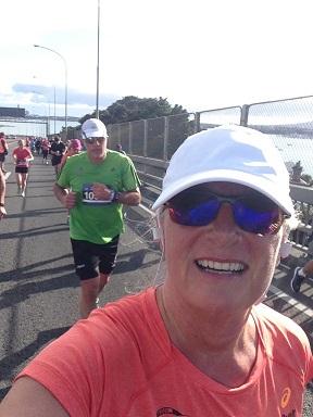 AKL Marathon Alison Harbour Bridge Selfie